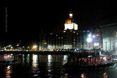 Mumbai esti fényei